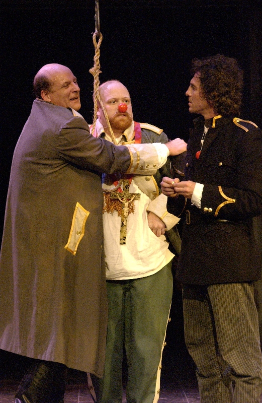 Jonathan Croy as Pistol,  Michael Toomey as Bardolph, and Jason Asprey as Fluellen
